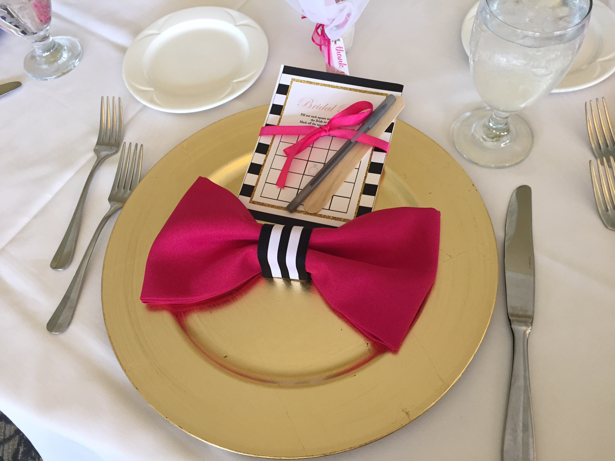 These Were The Table Settings How Cute Are The Napkins