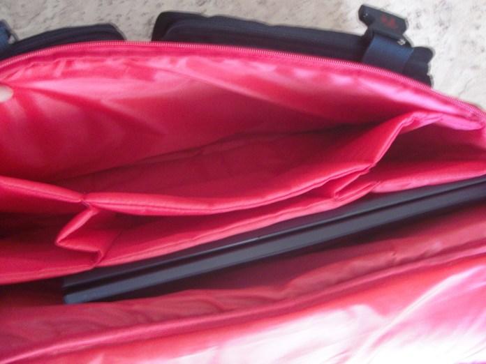 17 дюймовый ноутбук в tt Dragon Bag