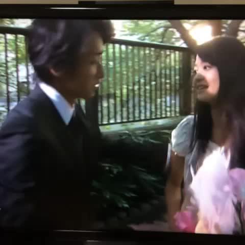 "Watch maℹ︎'s Vine, ""小林涼子さん場所変わって下さい。優しい成瀬 ..."