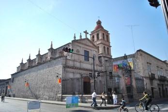 Templo del Espíritu Santo y la Cruz - Morelia