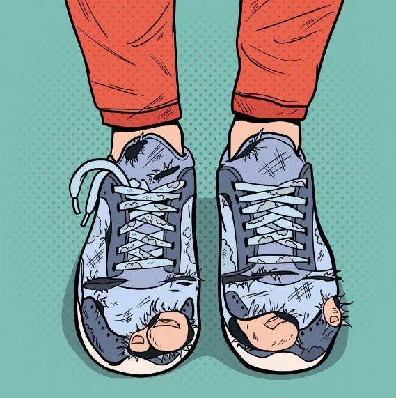 تفسير رؤية الحذاء في المنام للرجل والمتزوجة لابن سيرين