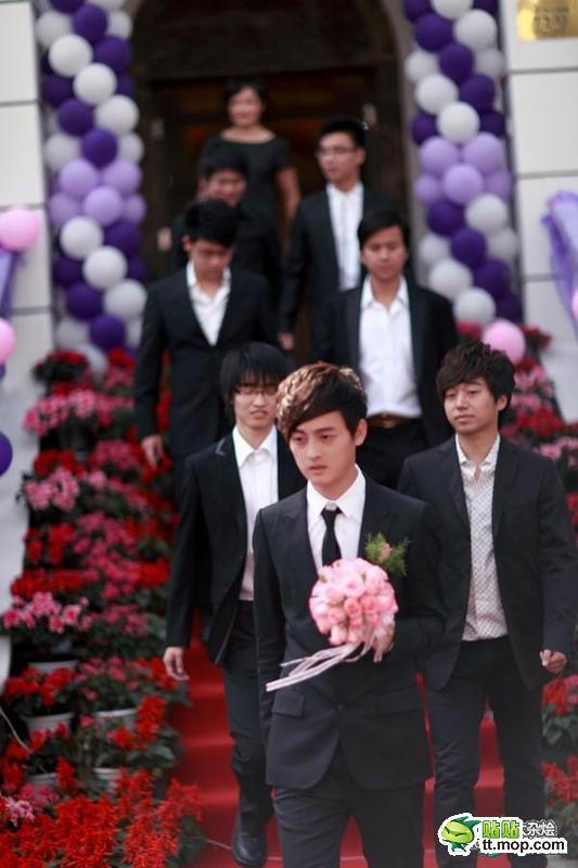太恐怖了!這簡直是世紀豪門大婚禮,而且新娘超正耶!
