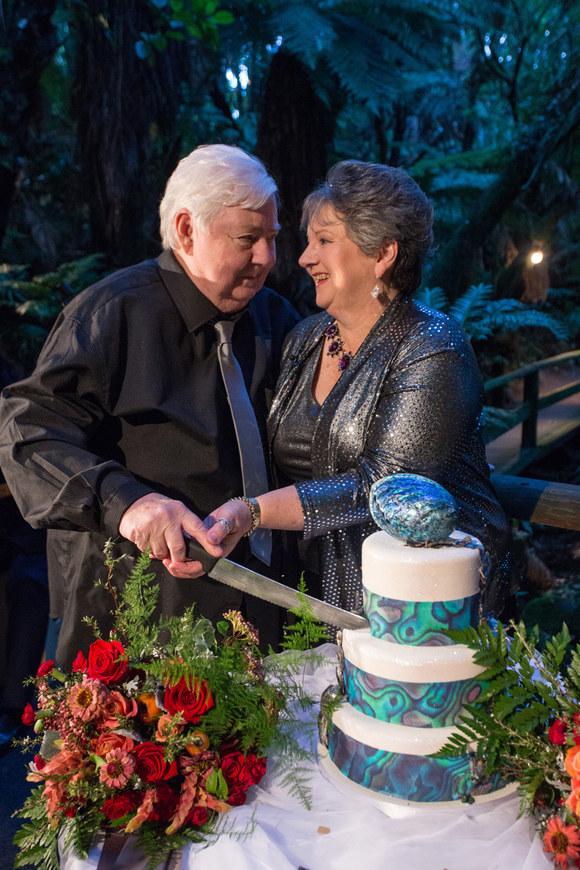 30年愛情長跑在人生最後時刻終得一場夢幻婚禮
