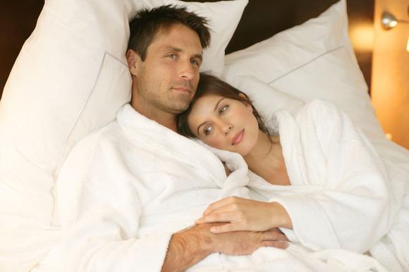 男人睡覺前躺在床上都在想些什麼