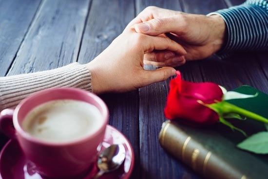 每個人都應該知道的8個愛情心理,約會時會特別有用!