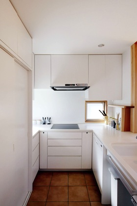 床暖房されたキッチン