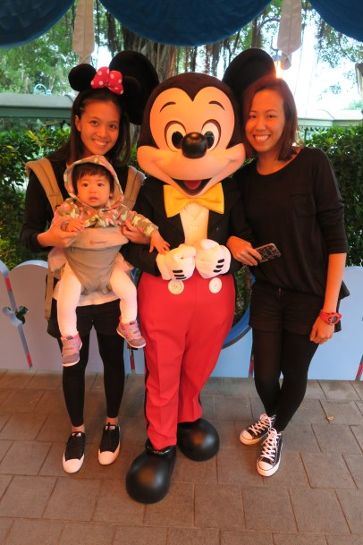 Olive's first Disneyland experience with Mama and Yiyi Dawn.
