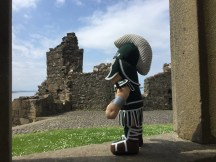 Standing in the historic Dunluce Castle, Sparty felt his heart is determined by ancient sprits that dated back to 1600s.
