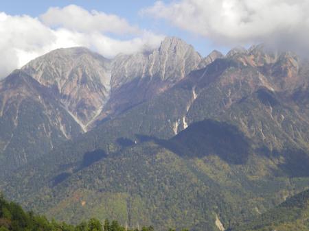 対岸の滝谷