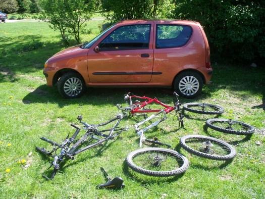 Dwa rowery w seju...