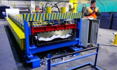 corrugated siding panel roll forming machine