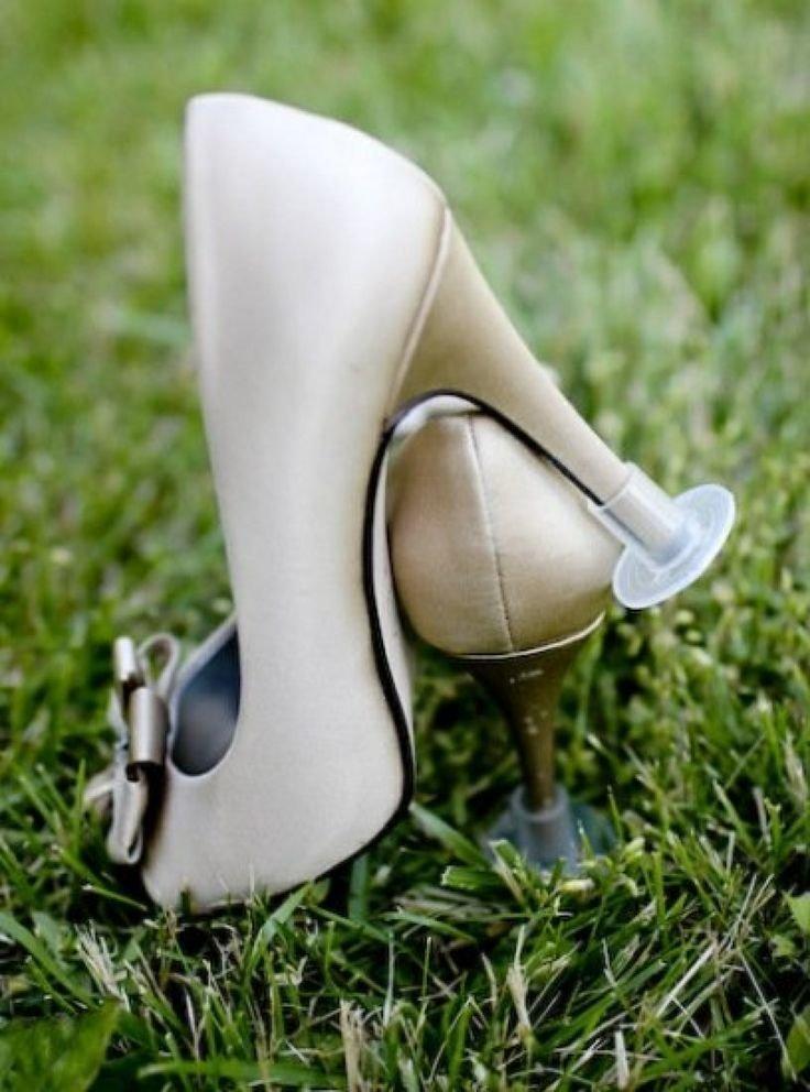 3. С такой защитой для каблуков можно комфортно ходить по траве быт, жизнь, идея, изобретение, мир, подборка, фото