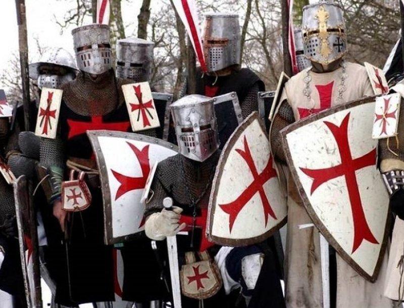 Идея Петра urban, крестоносцы, папа римский, походы, так хочет бог, христиане