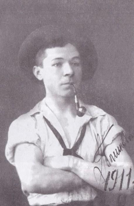 Григорий Пиньковский - студент ГИТИС имени Анатолия Луначарского.