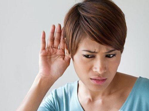 Звон в ушах: правом или левом. К чему? Народные приметы