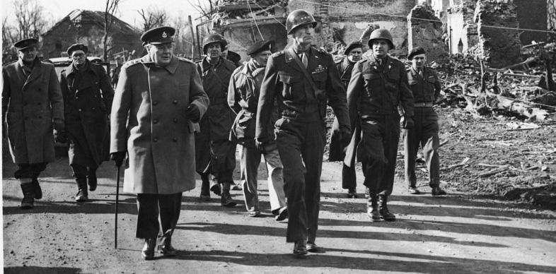Как Уинстон Черчилль любил применять химическое оружие