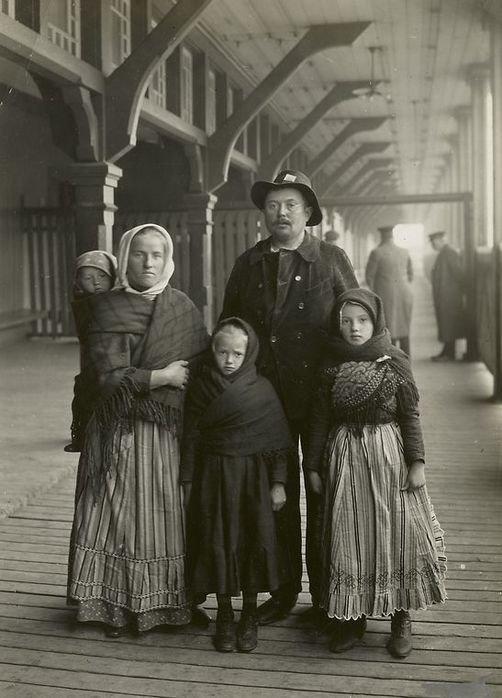 Семья из Германии америка, иммигранты, исторические фото, история, остров Эллис, факты