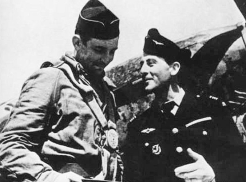 Альбер Дюран ( слева на фото ) вов, иностранцы в Красной Армии, победа