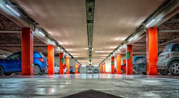 В Гонконге было продано самое дорогое парковочное место в мире за 760.000 $