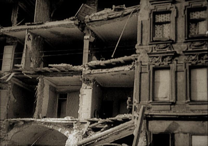 Мертвый город. блокадный Ленинград, вов, история, футбол