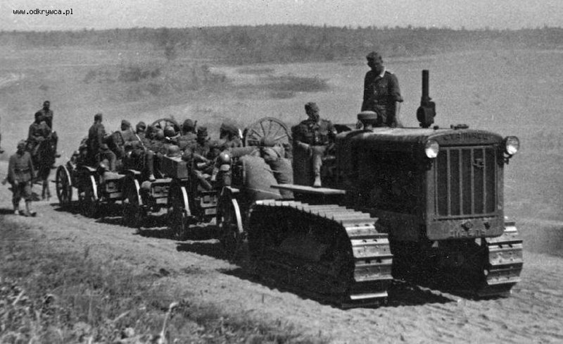 "Трактор ""Сталинец"" Сталинец, война, трактор"