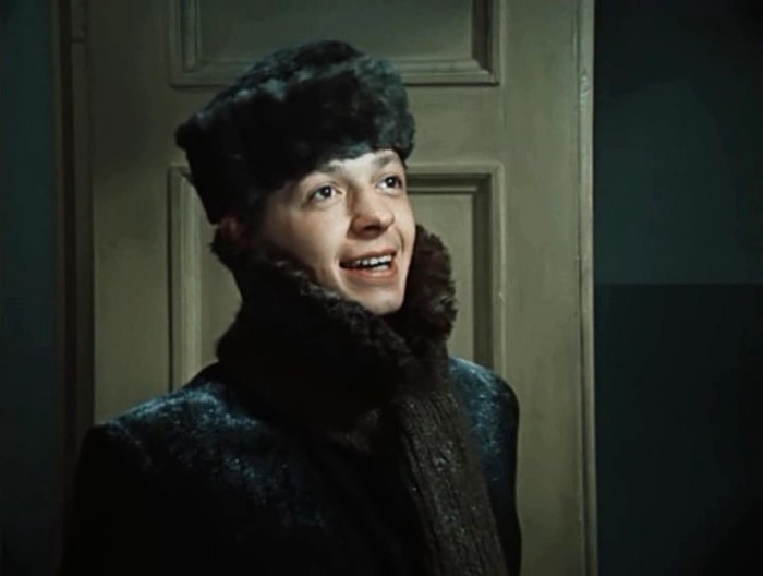 Кадр из фильма «Дни Турбиных». / Фото: www.kino-teatr.ru