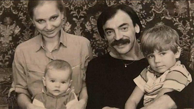 Михаил Боярский и Лариса Луппиан с детьми архив, картинки, фото