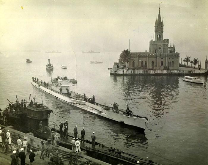 Немецкие подлодки U-530 и U-977 в Рио-де-Жанейро во время перехода из Аргентины в США. вторая мирова война, история