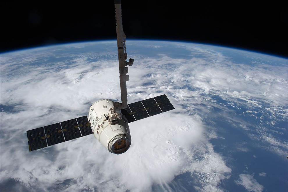 1383 Лучшие фотографии на космическую тематику за июнь 2012