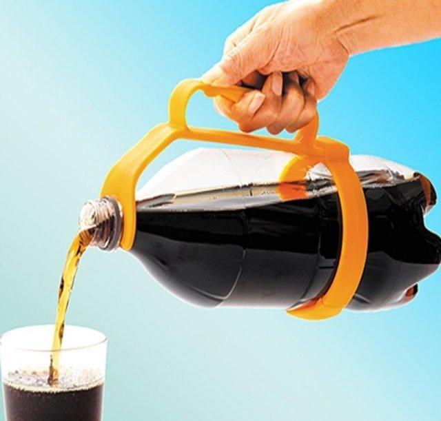 10. Любимые напитки разливать гораздо удобнее с помощью подобного держателя гениальные вещи, дизайн, идеи, интересно, просто и гениально, фото