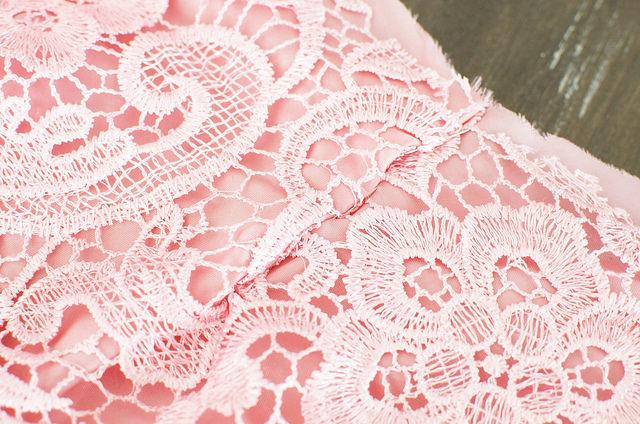 Сделать летом кружева юбка-карандаш www.apairandasparediy.com