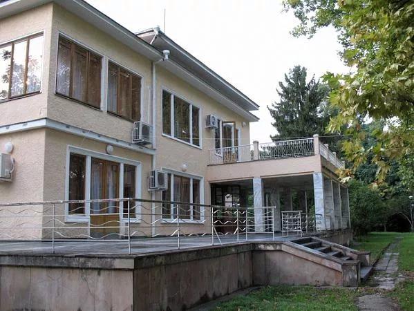 Дача Сталина «Мюссеры» (Абхазия)