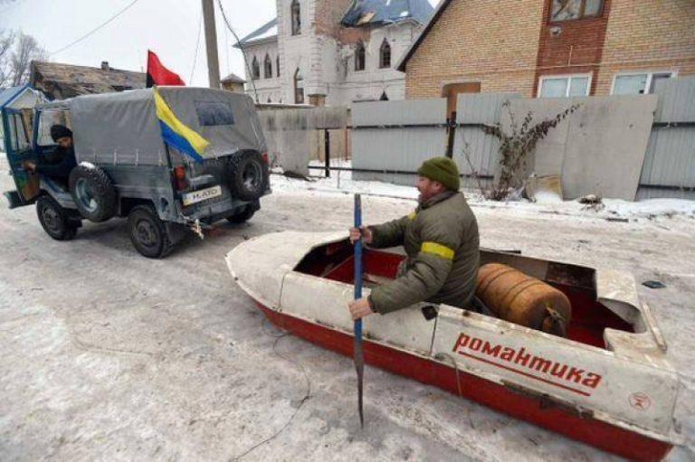 Украинский эксперт о словах Турчинова: У нас нечем ответить России