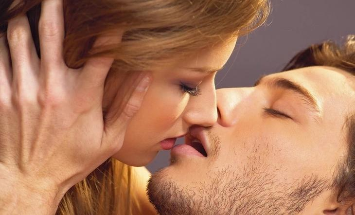 Приметы: К чему снится поцелуй. О чём говорит этот сон и почему мы его видим