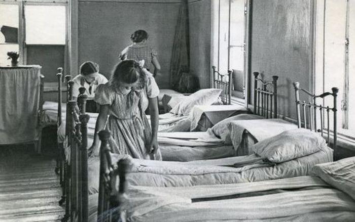 Убрать постель ностальгия, пионерский лагерь, пионеры, ссср