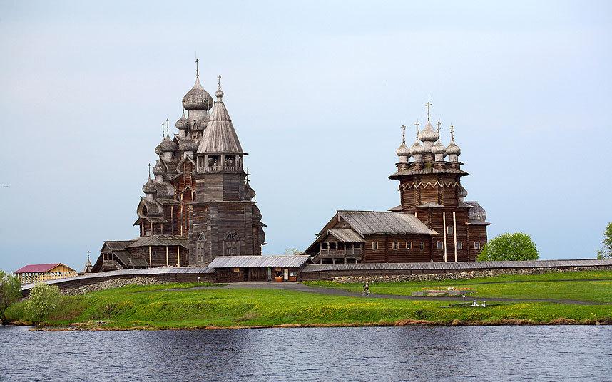 Церковь Преображения на острове Кижи, Россия