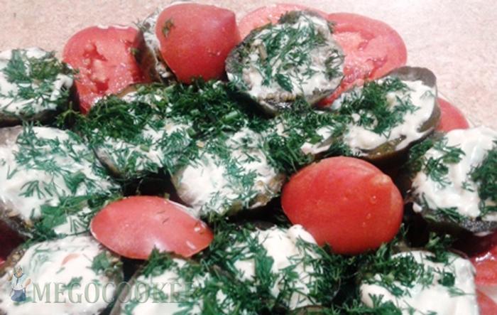 Баклажаны закусочные с чесноком и зеленью