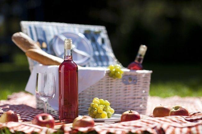 Учёные открыли ещё одно целительное свойство красного вина