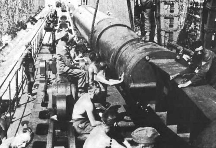 Ствол немецкого орудия калибра 80 сантиметров.   Фото: xdigest.ru.
