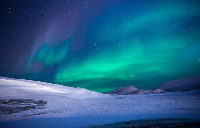 Семь чудес света: полярное сияние.