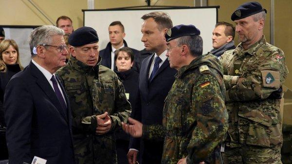 Как русский майор на авиавыставке над полковником США подшутил