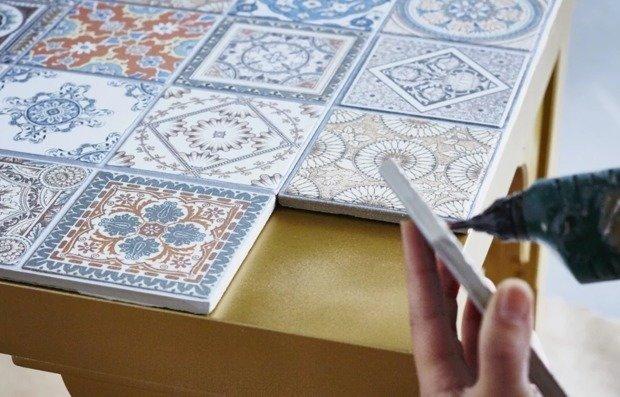 Что еще можно сделать с плиткой: 10 блестящих идей декора