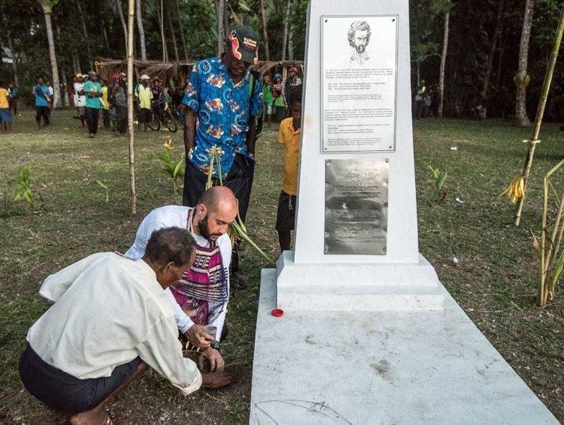 Спустя 100 лет в Новой Гвинее ждали подарков от Миклухо-Маклая. Николай Николаевич Миклухо-Маклай, день рождения, чтобы помнили
