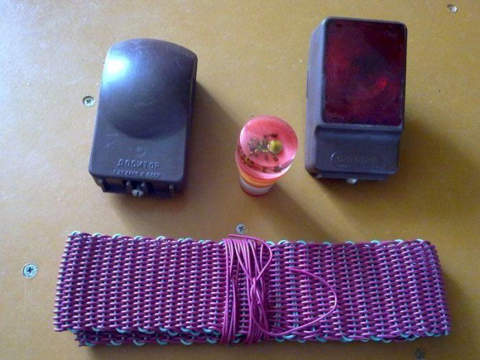 Обязательный набор аксессуаров для советского водителя. /Фото: porosenka.net