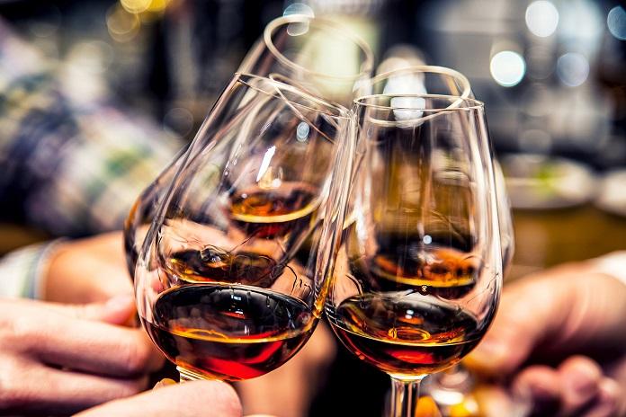 Какие знаки зодиака склонны к алкогольной зависимости?