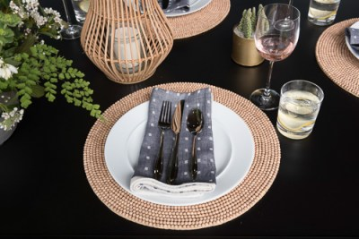 place-setting-navy-blue