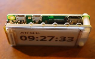 eInk Display With Date and Time