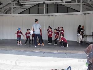 第五陣越前おおのとんちゃん祭のスタッフをしました。 ストリートダンスのリハーサルが始まったサブステージ/どこまでもアマチュア