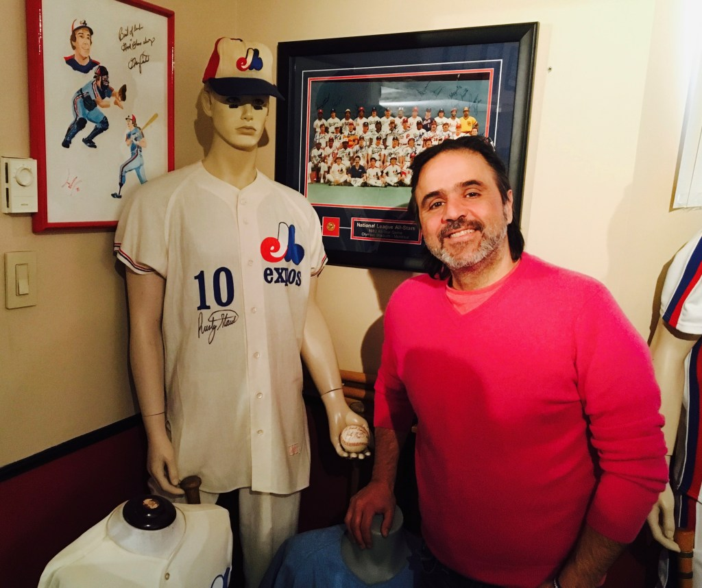 Perry Giannias collectionneur et fondateur de Exposfest