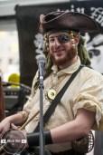 01 Pirate Band-3